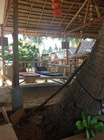 Isara Lanta Resort: Isara's 'Chill out on the beach'