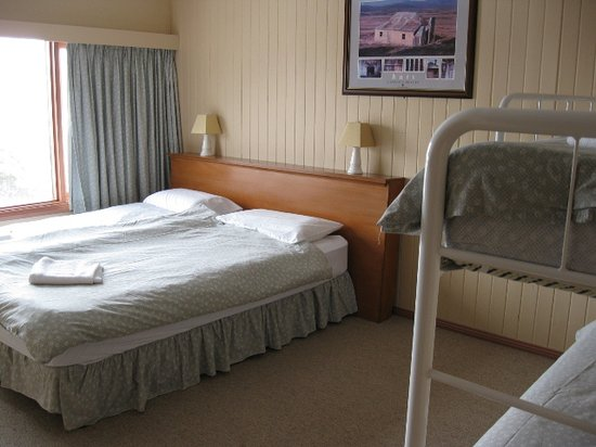 Sundeck Hotel: Quad share room