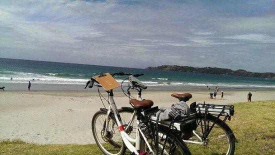 EcyclesNZ Bike Rentals: Bikes by the beach