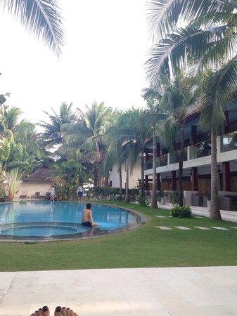 Sunsea Resort: Бассейн