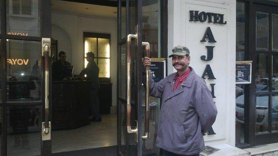 Hotel Ajanta: Entarace