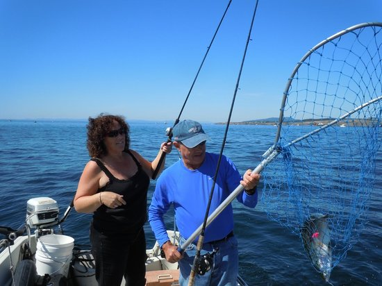 San Juan Suites : Fishing Off Of San Juan Island