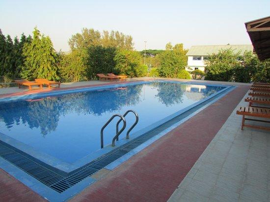 Bhuapur, Bangladés: Swimming Pool