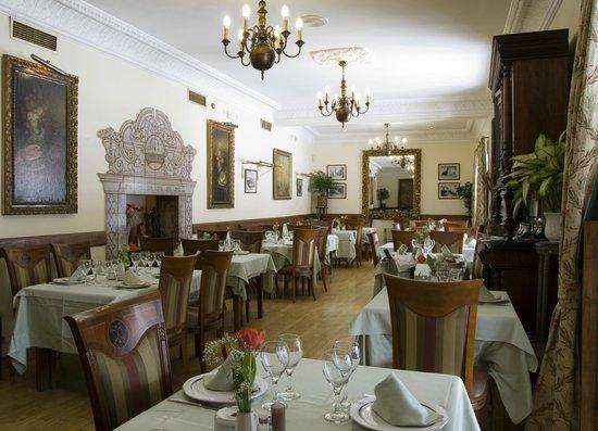 Cafe de la Iberia: Comedor de la Plaza
