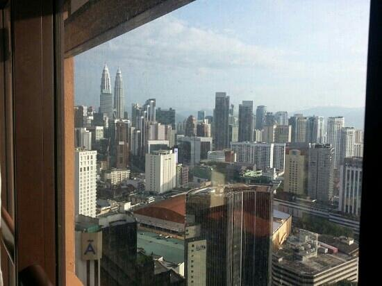 Times Service Suites: klcc view from my room