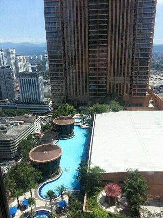 Times Service Suites: we cn see the swimming pool from our room