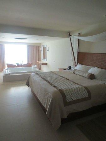 Sun Palace: Our Room