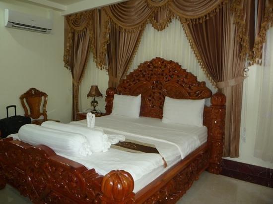 Monorom VIP Hotel