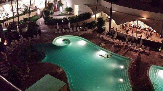 Hilton Puerto Vallarta Resort : Pool, Photo since 4th floor