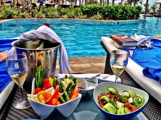 The Ritz-Carlton, Dubai: at the Pool