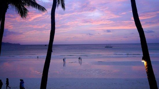 True Home Hotel, Boracay: Sunset view