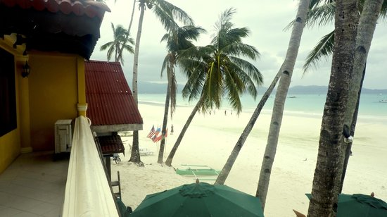 True Home Hotel, Boracay: White beach view in morning