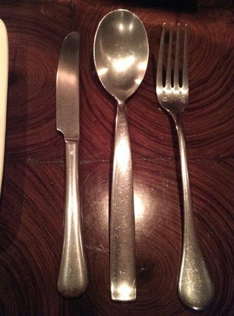 The Table : Limited Menu Good Food Quality Poor Service Restaurant well appointed Poor Cutlery Slightly Pric
