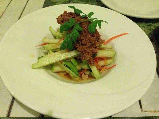 Suay Restaurant: Salad