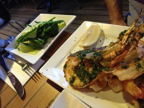 Fishheads : Mixed seafood grill