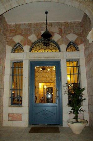 Arcadia Ba'Moshava Jerusalem: Hotel exterior