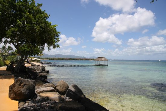The Oberoi, Mauritius : The hotel pier