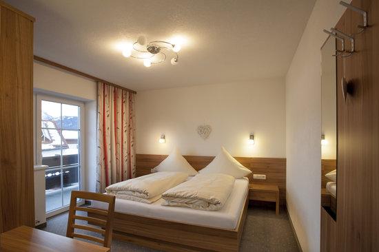 Alpenhof Waengle: Zimmer Ehrenberg