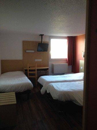 Hotel La Roseraie : camera