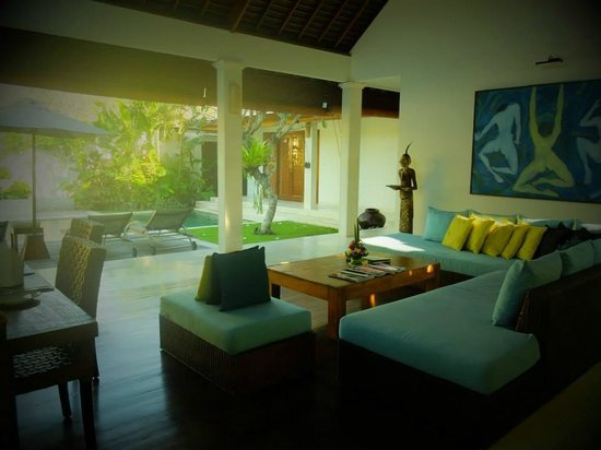 Saba Villas: Lounge area in villa