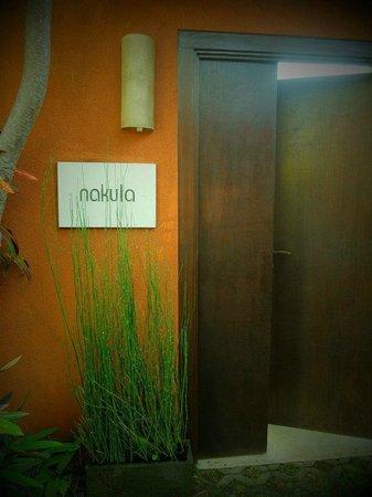 Saba Villas: Nakula entrance