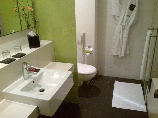 Crowne Plaza Tel Aviv City Center : Bathroom