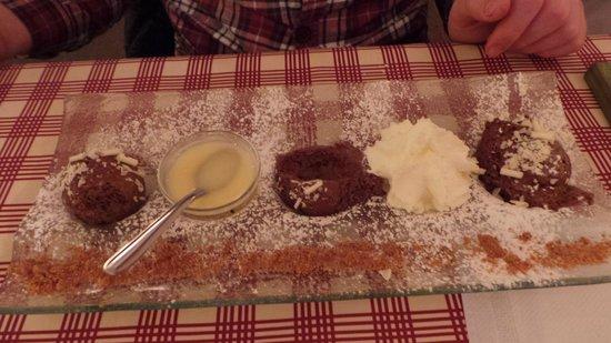 Restaurant Caveau Folie Marco: méli melo de desserts
