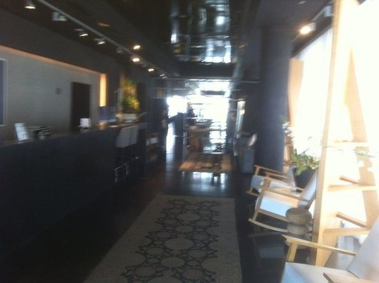 Leonardo Boutique Hotel Tel Aviv: The lobby