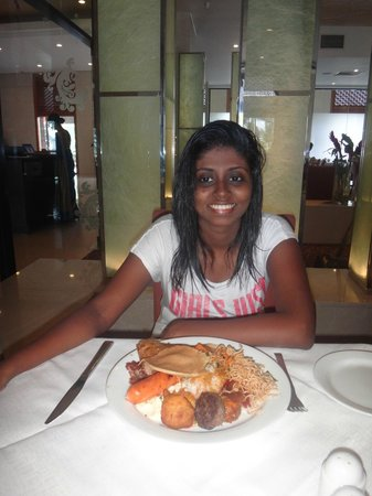 Cinnamon Lakeside Colombo: Breakfast