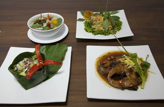 Khmer Cuisine : Local food