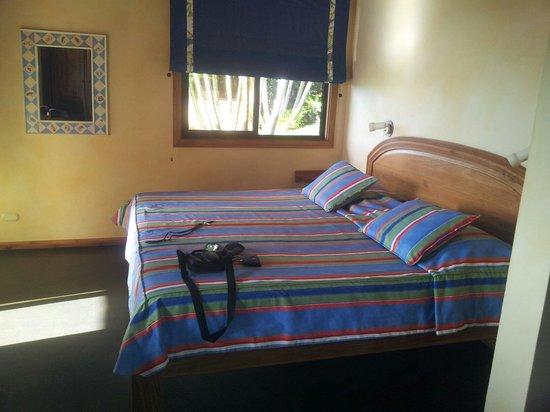 Hotel Luna Azul : La chambre