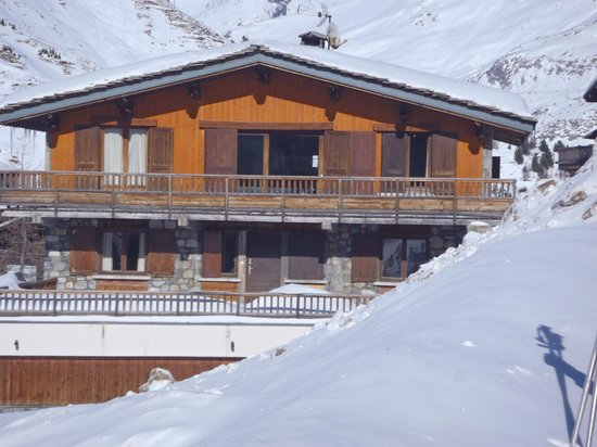 Chalet Les Tavaillons: Le Tavaillon, south elevation from road, Jan '14