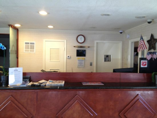 Days Inn Austin/University/Downtown: Reception/Breakfast Area