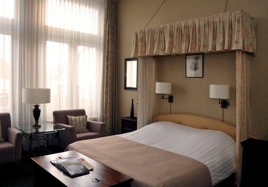 Hotel Dordrecht: Superior Room