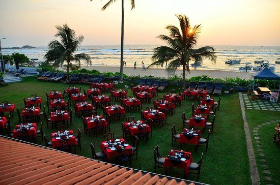 Coral Sands Hotel: Outdoor dining for Barbecue night