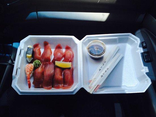 Sook's Sushi: Takeaway Tuna