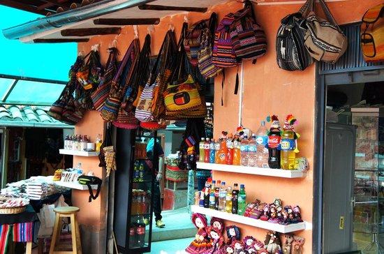 Salinas de Maras: Artesanato nas Salineras