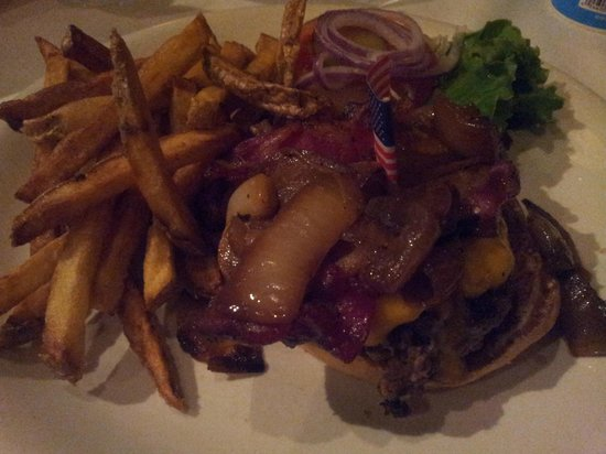 Ted's Montana Grill : Bison-Burger