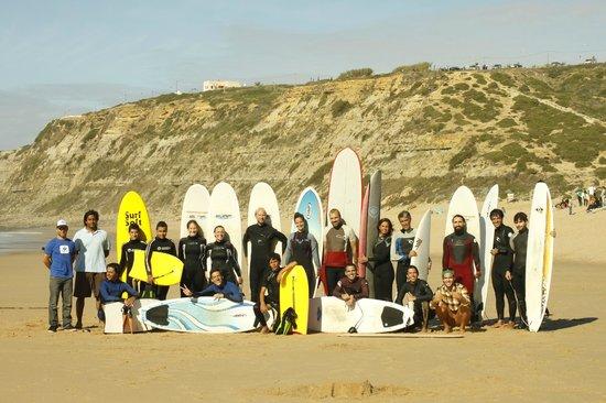 7 Essencia Surf & Bodyboard School : Praia da Foz do Lizandro