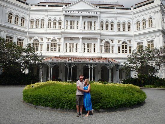 Raffles Hotel Singapore: Main Entrance