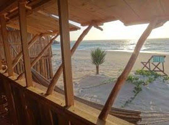 Atlantis Madagascar: Bungalow familial plage