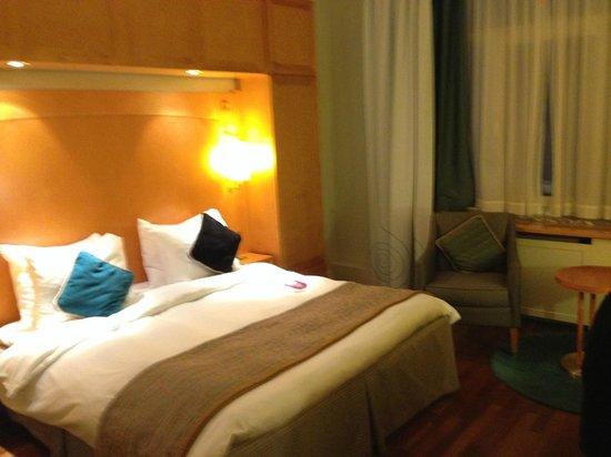 Crowne Plaza Hotel Brussels - Le Palace : SNyggt och rent och rymligt
