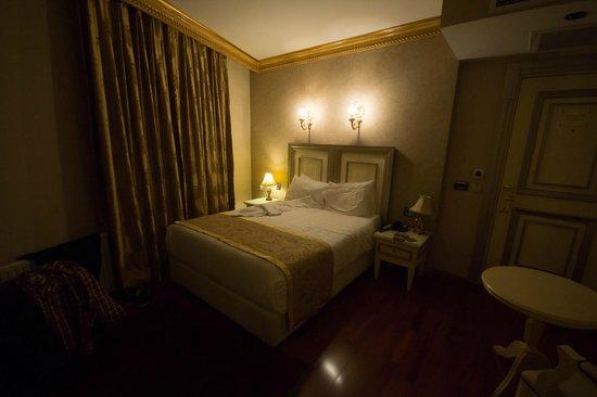 Maywood Hotel: zimmer