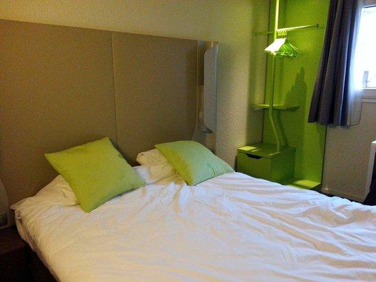 Campanile Saint Quentin En Yvelines : La chambre