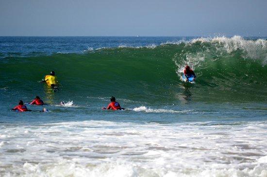 7 Essencia Surf & Bodyboard School: Bodyboard lesson - Intermediate and advanced levels