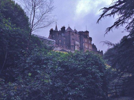 Craig-y-Nos Castle : Beautiful setting