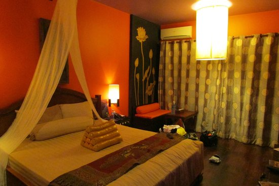 Golden Temple Hotel : our room