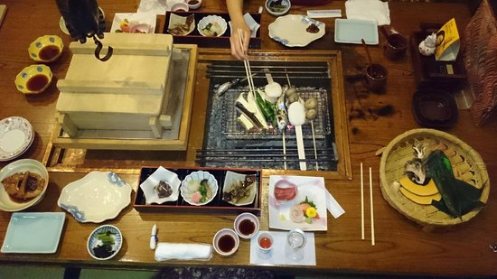 Keizan : 囲炉裏料理