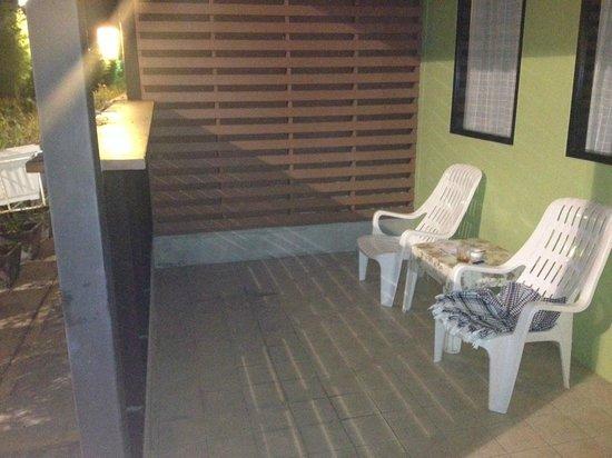Eazy Resort Kata Beach: Терраса номера