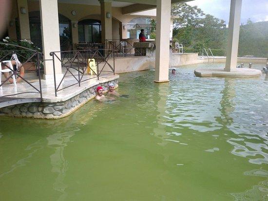 Hotel Posta Marcucci: piscina